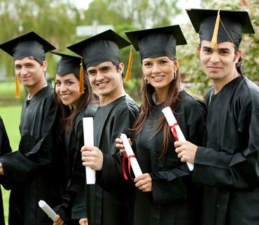 3509fec0658 Graduation High Gowns School Junior Graduates Caps Diploma Day Souvenir